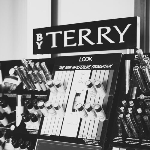 By TERRY Victoria Coiffure